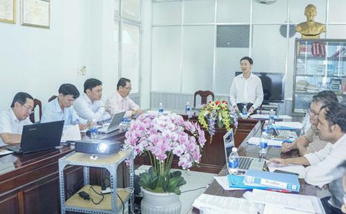 PGS.TS Phan Trọng Lân, Viện trưởng Viện Pasteur TP Hồ Chí Minh, phát biểu chỉ đạo.