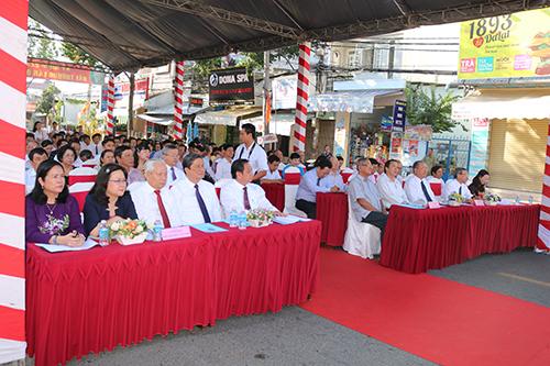 Các đại biểu đến dự Lễ giỗ Đức Y tổ Hải Thượng Lãn Ông Lê Hữu Trác lần thứ 228